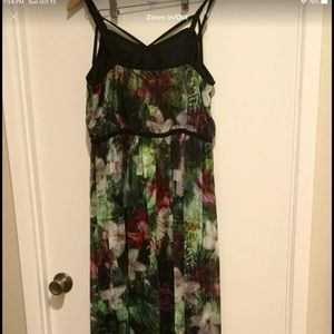 Maxi Floral Size 16 formal style Dress